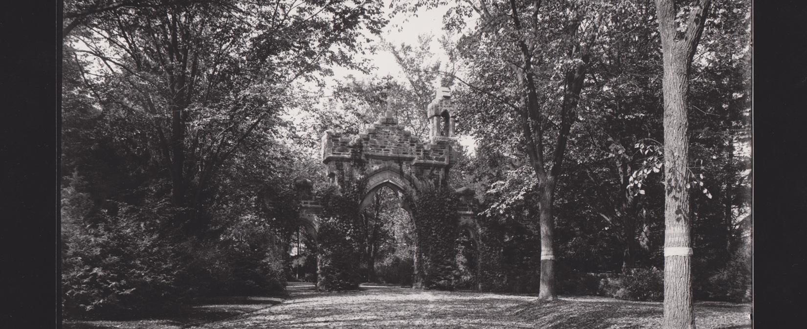 Meachum Gate